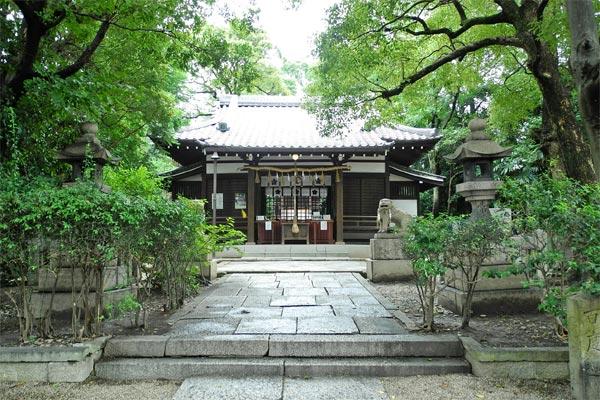 安居神社本殿