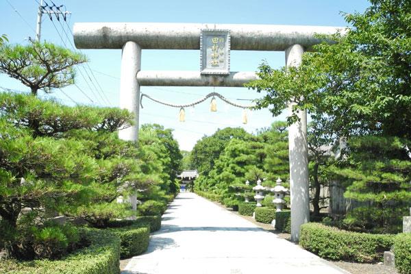 田村神社表参道