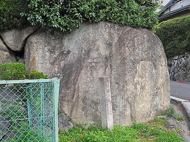 大仏殿石垣跡